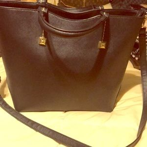 Handbags - Black  tote with  attachable long straps